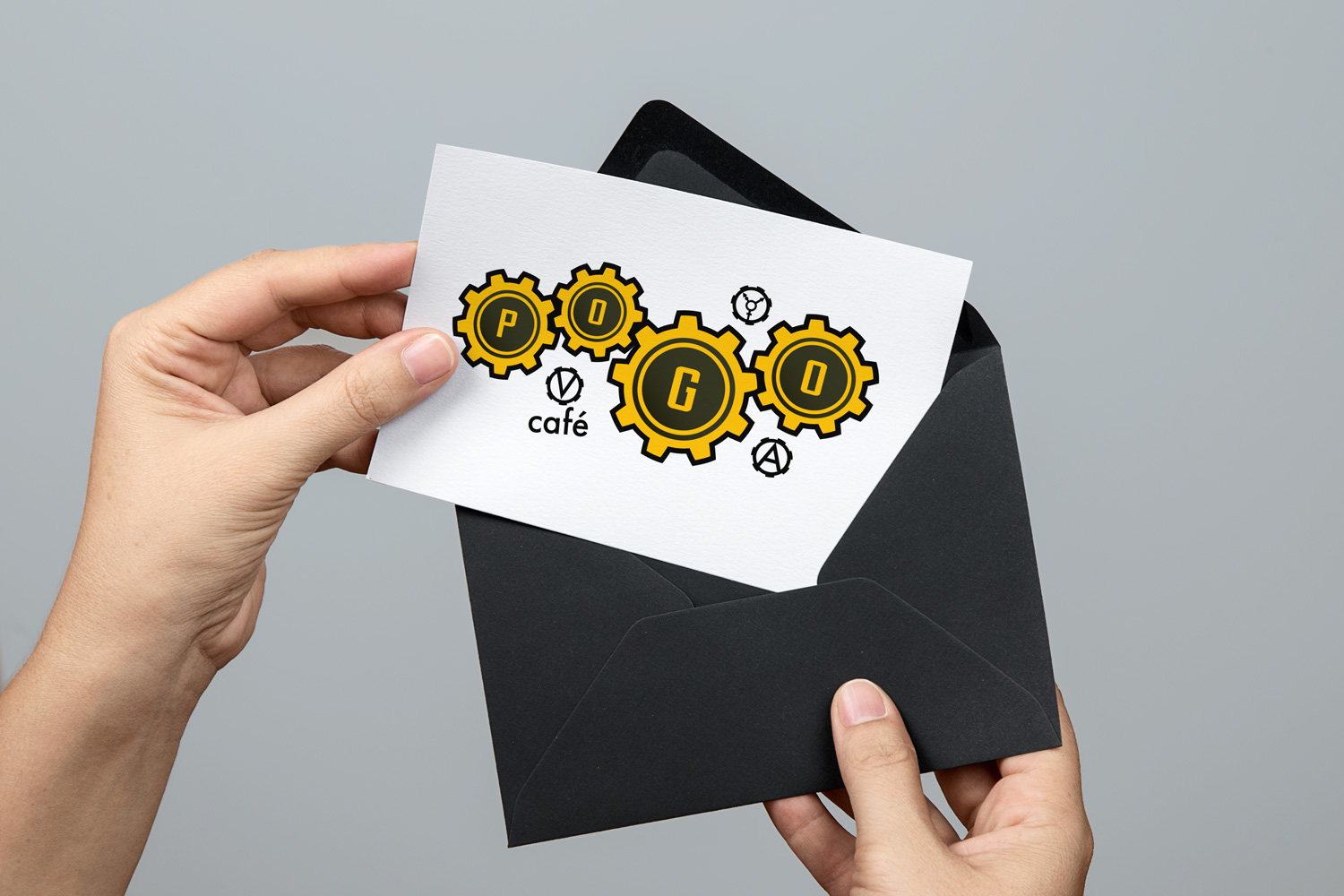 logo in card